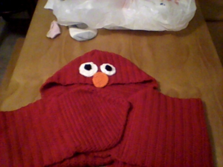 my elmo scarf pic 1