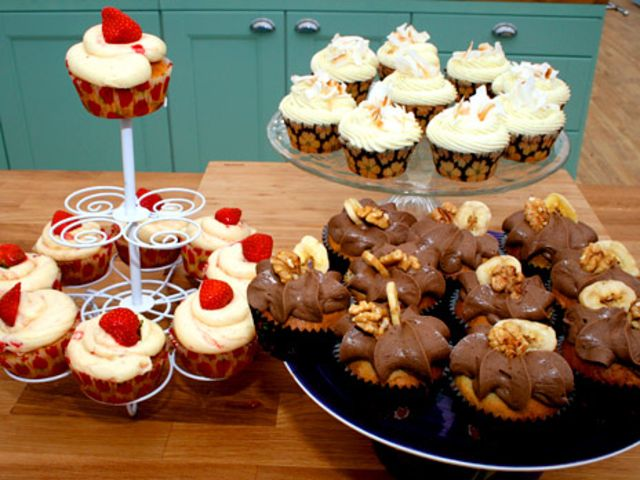 Christinas cupcakes med banan, kokos samt jordgubbar (kock Christina Gyllner)