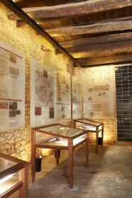 The social history of the 320-year-old estate is displayed in a museum in the original wine cellar, dating back to 1740. This is a few yards from a recently excavated Later Stone Age settlement site, and the exposed foundations of a 1680s hunting lodge, one of the oldest buildings in the Cape.