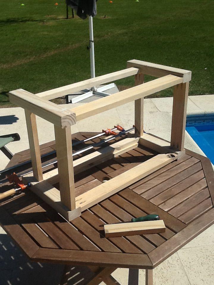 Mesa ratona para exteriores con madera reciclada y de for Mesas de madera para exterior