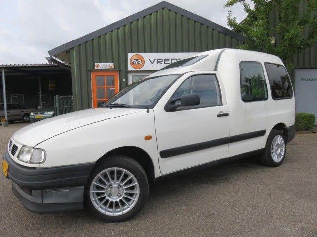 Авто Seat Inca 1996