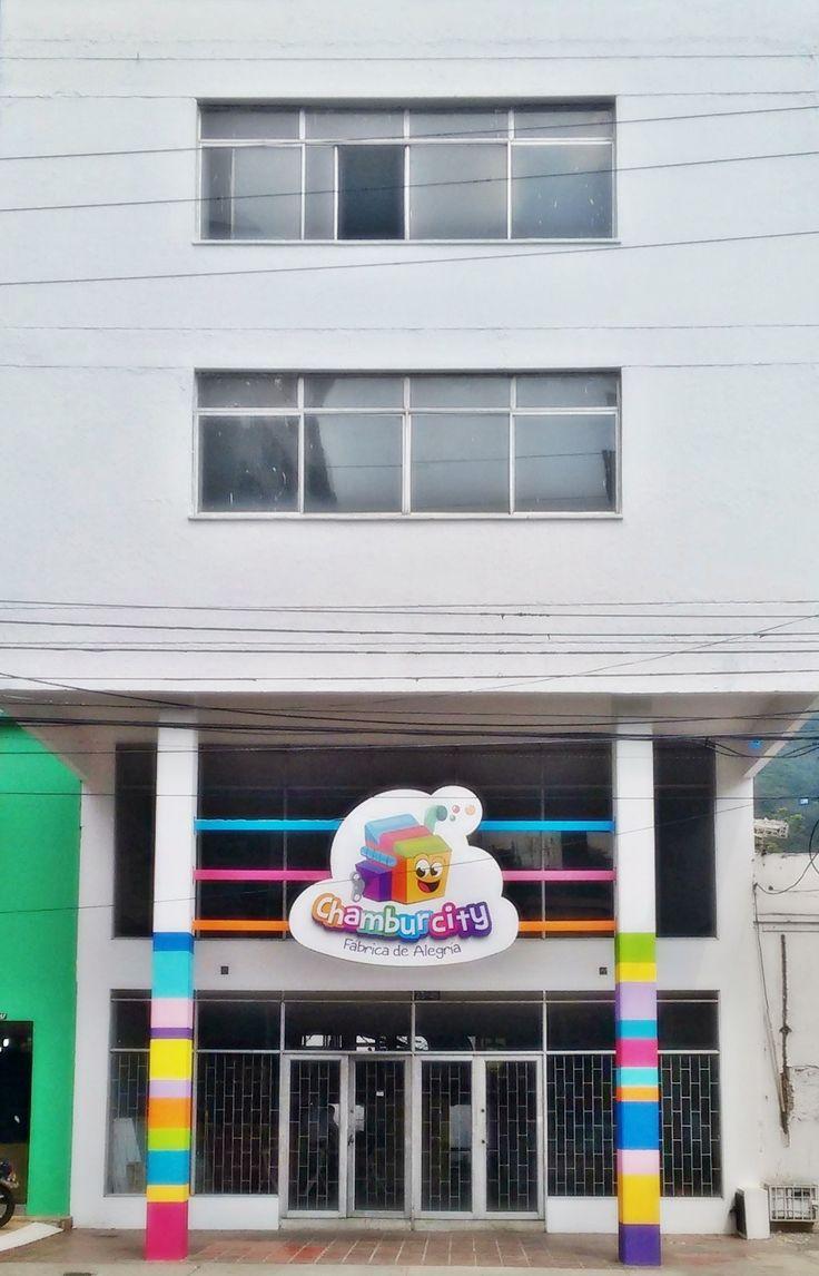 Una colorida modificación a nuestra Fábrica de Alegría. ¿Les gusta nuestra fachada?   #Chamburcity #Cali #Niños #Entretenimiento