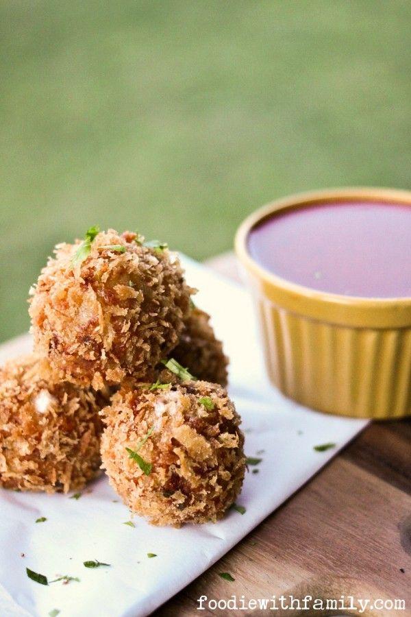 Prosciutto Arancini {crispy cheese-stuffed, fried risotto balls}