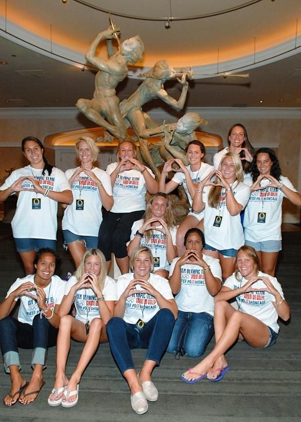 """USA Women's Olympic Water Polo Team Takes at Dip at """"O"""" by Cirque du Soleil"""
