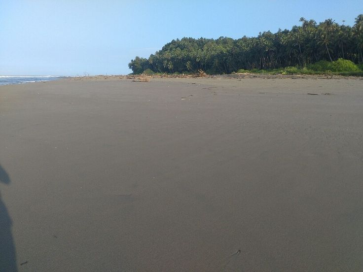 "Sobagimboho Beach-Nias Teluk Dalam ""Sotoo"""