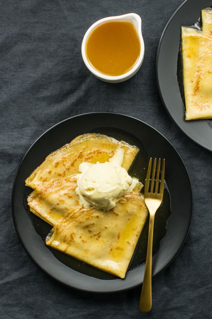 Classic Crepes Suzette Recipe With Grand Marnier Syrup Recipe Crepe Suzette Recipe Recipes Crepes