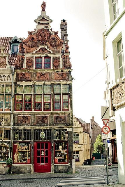 Esta foto se tomó el 23 de junio, 2009 en Patershol, Gante, Flandes Oriental, Bélgica, con una Pentax K200D.