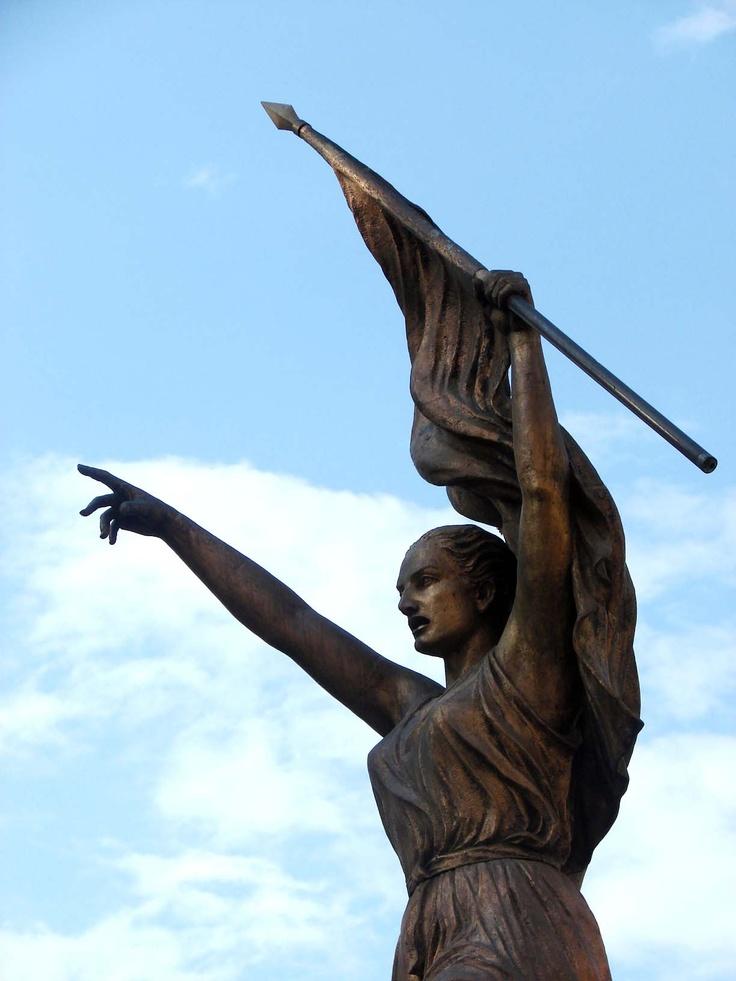En Socorro, una escultura que refleja el espíritu luchador de su pueblo. (Archivo/VANGUARDIA LIBERAL)