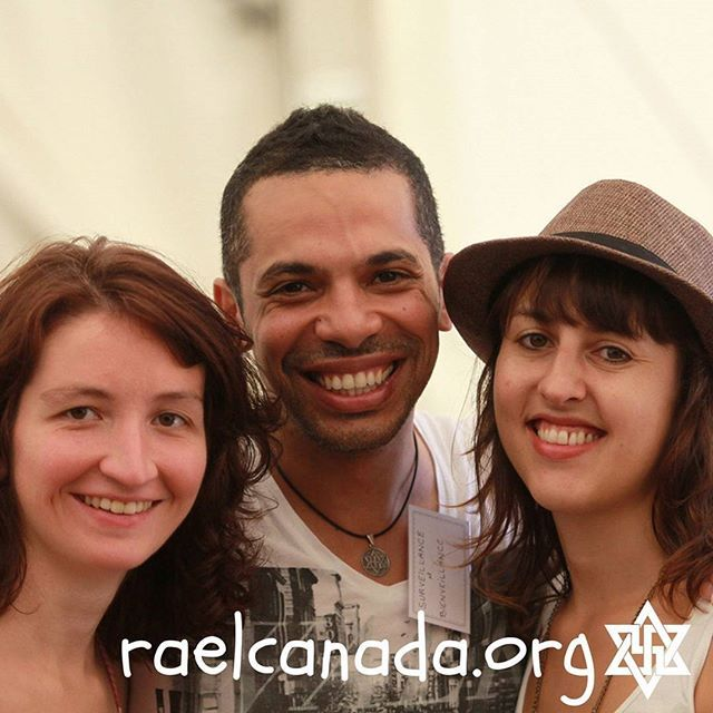 Happy Young Raelians 😃❤💑🌎 https://happinessacademy-america.org/  #UdB #Happiness #Seminar
