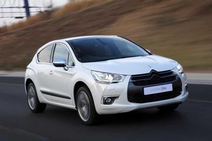 On the Citroen DS4 THP 160 Sport, Geargirl says: