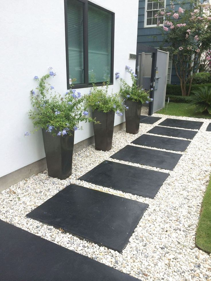 Mr Lalit Sharma S Residence In Kharghar Minimalist Living: Best Garden Decoration For Your Home Exterior Ideas