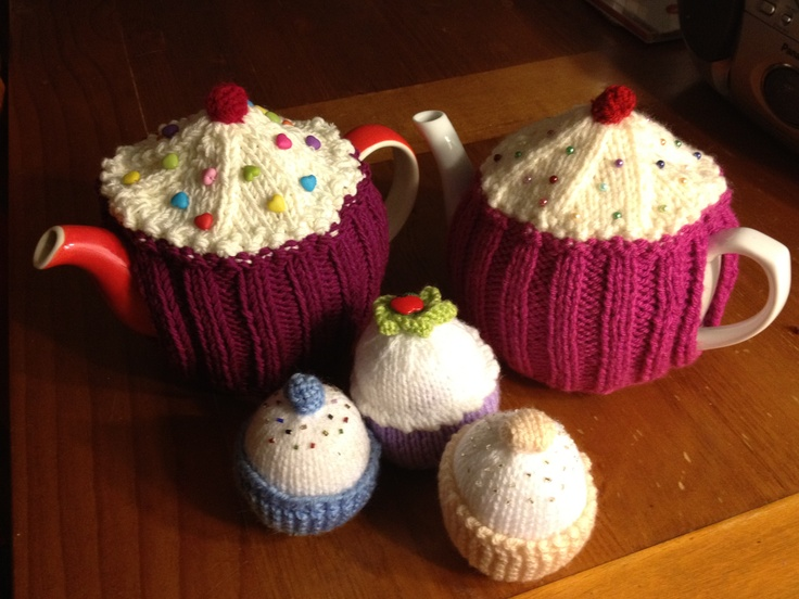 Knitted tea cosies and cupcakes
