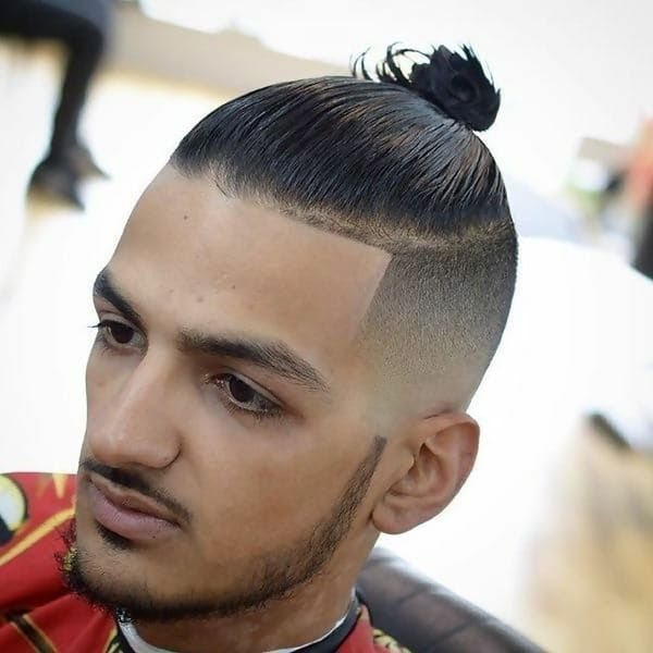 25 Amazing Straight Hairstyles For Men To Rock Cool Men S Hair 25 Most Popular Short Haircuts For M In 2020 Straight Hairstyles Top Knot Hairstyles Straight Hair Tips