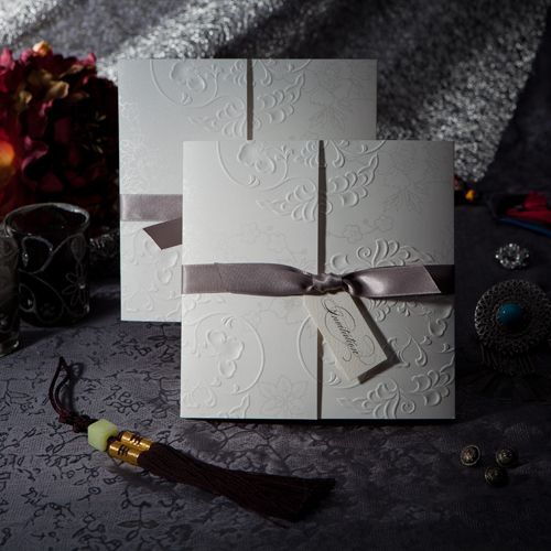 Free Shipping Personalized Elegant Embossed Tri-fold Wedding Invitation With Silver Bows (Set of 50) US $52.99