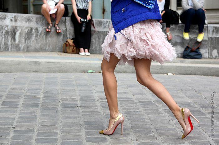 la modella mafia model off duty street style - Chanel + Christian ...