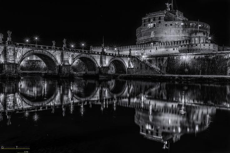 Roma - Castel Sant'Angelo (Riflessi)