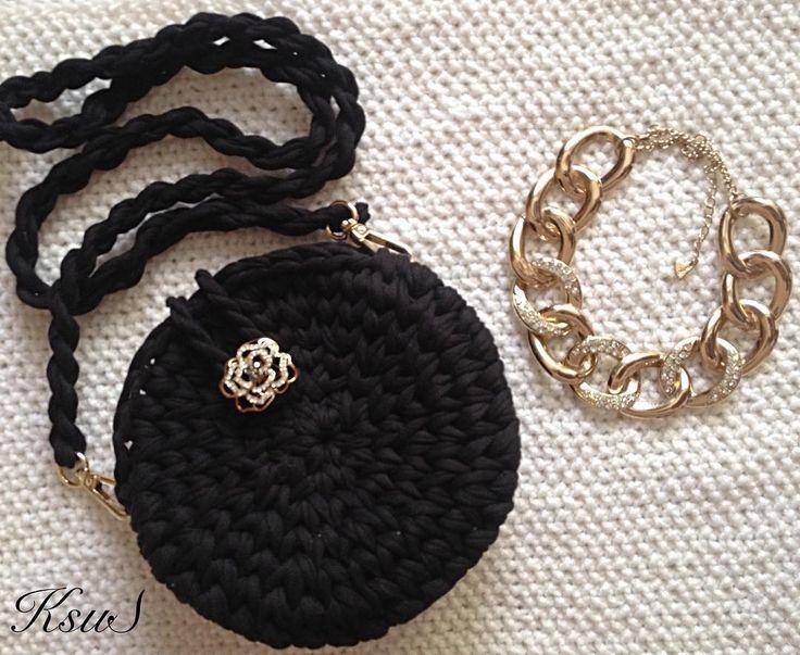 """37 Likes, 12 Comments - Дизайнерские сумочки и рюкзаки (@ksu_s_bags) on Instagram: """"Как же мне нравится сочетание черного и золота в очередной раз убедилась, что чёрная сумочка…"""""""