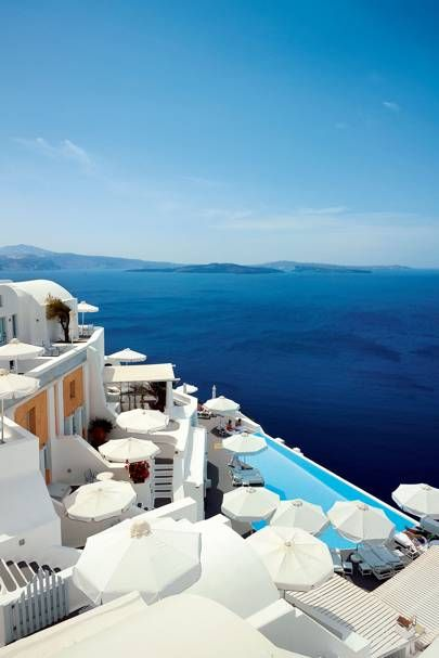 Best Hotels In Santorini, Best Hotels In Greece, Beautiful Places To Travel, Beautiful Hotels, Mykonos, Santorini Greece, Besties, Best Greek Islands, Beste Hotels
