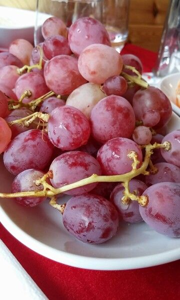 #come&eat #grapes #tasty