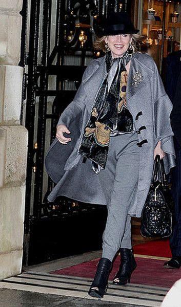 Шэрон Стоун бросила вызов модным критикам : Шерон Стоун / фото 1