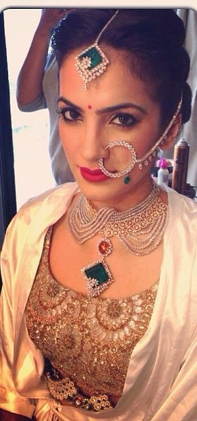 Bridal Emerald jewellery