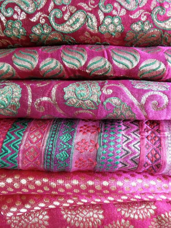 Brocade Magenta beauties... Loving the color pallet here!