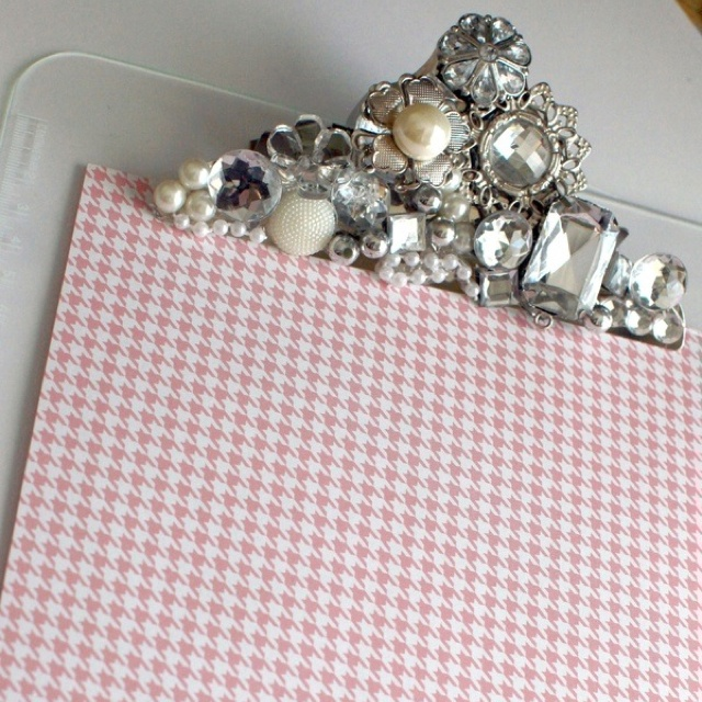 DIY jewelled clipboard - might try this on a picture frame