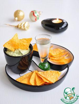 Крем из авокадо с печенью трески и каперсами