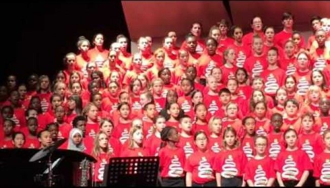 Canada Welcome Syrian Refugees, Sings This Beautiful Arabic Song In Honour Of The Refugees