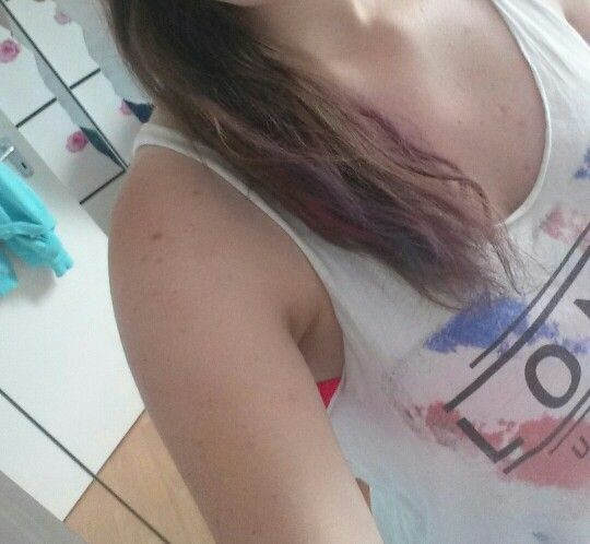 Yeah finally I have colored hair❤❤❤❤❤