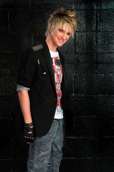 Previous pinner said:dalton rapattoni from IM5 his sister isin my class and i have met him. Ahhhhhhhhh!!!!! I am so jealous! His profile is here if u tap the picture, and he is hilarious!!!!!