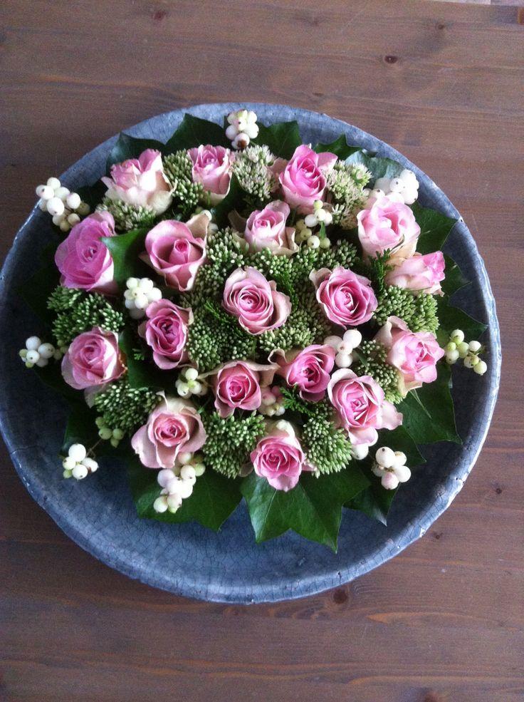 Tafelstuk met rozen made by Tintwin