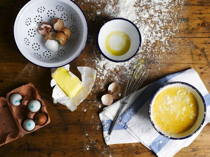 El dulce encanto campestre de la vajilla de peltre de Falcon Enamelware | Los talleres de Maria victrix