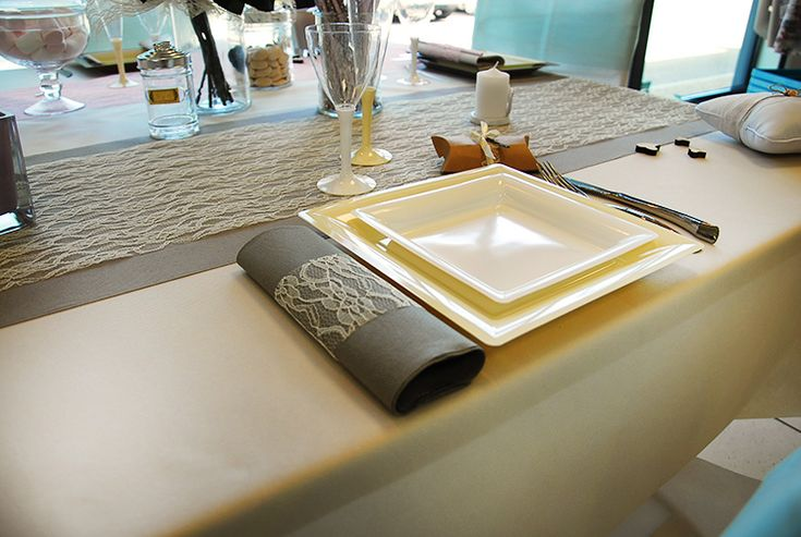 25 best ideas about nappe jetable on pinterest chemin de table jetable candy bar baby shower. Black Bedroom Furniture Sets. Home Design Ideas
