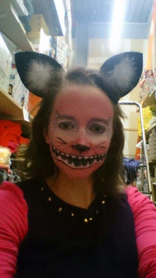 Cheshire cat face paint #Cheshire#Aliceinwonderland#snazaroo