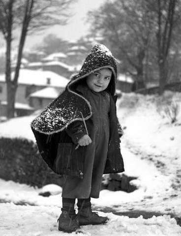 Ο μικρός Μετσοβίτης 1950 Φωτ.Τάκης Τλούπας.