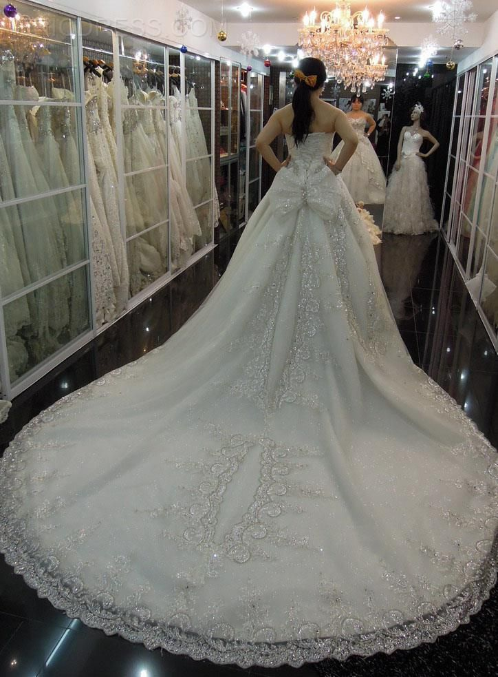 Trending Gorgeous Ball Gown Sweetheart Rhinestone Tcathedral Rain Charming Wedding Dress Wedding Dresses ericdress