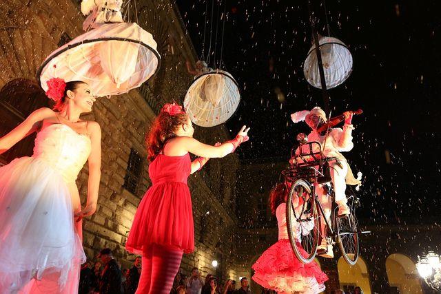piazza Pitti, danza acroatica, VisionAria