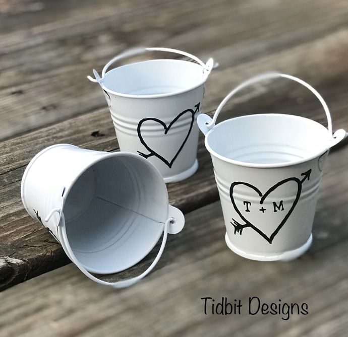 Personalized Rustic Heart Tin Pail Wedding Favors / Set of 24 by Tidbitdesigns, $24.00 USD