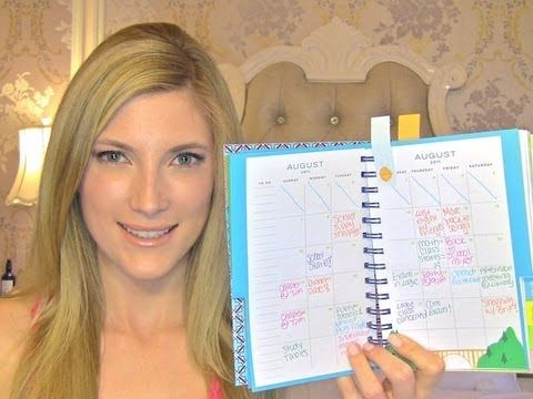 Elle talks about some great ways to organize your college agenda/planner, no matter how busy you are!