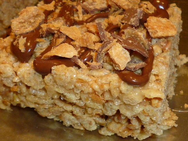 Butterfinger Rice Krispies Treats | Rice Krispies Kraze | Pinterest