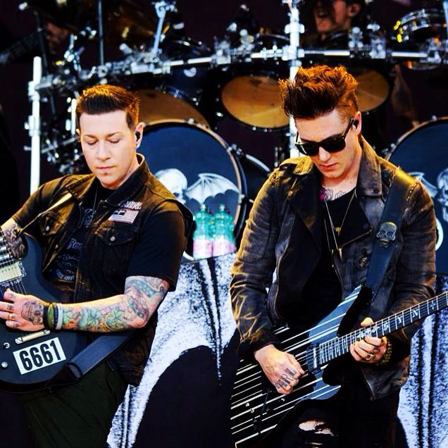 Syn and zacky ❤️❤️❤️