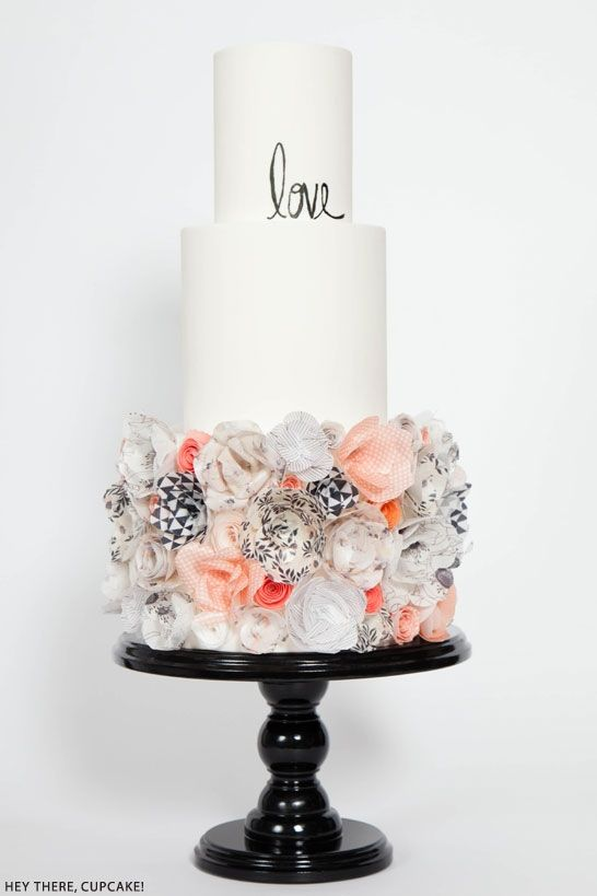 in love with this cake!  |  Wafer Paper Flower Cake  |  by Hey There, Cupcake! Cake for friends #cupcake #sweetstuff