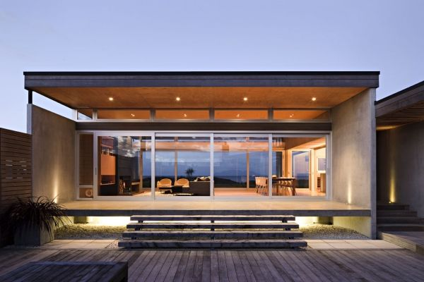 Seaside living in a contemporary beach house