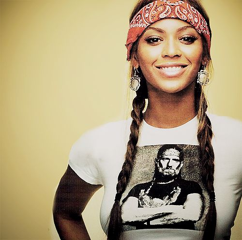 Beyonce...love the shirt....incredibly talented, like her style more than her music....I'm not saying...I'm just saying.