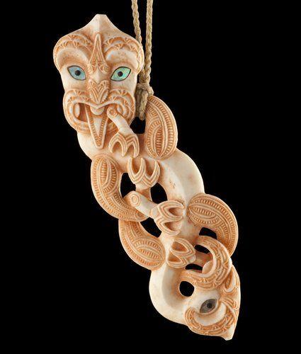 Hei Tiki • Stylized Figure Pendant by Stacy Gordine, Māori artist (KX101105)