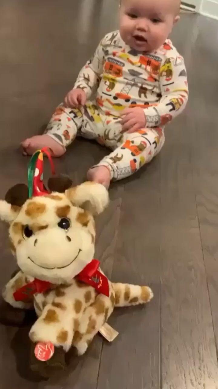 Baby dancing [Video]   Cute funny baby videos, Funny baby ...