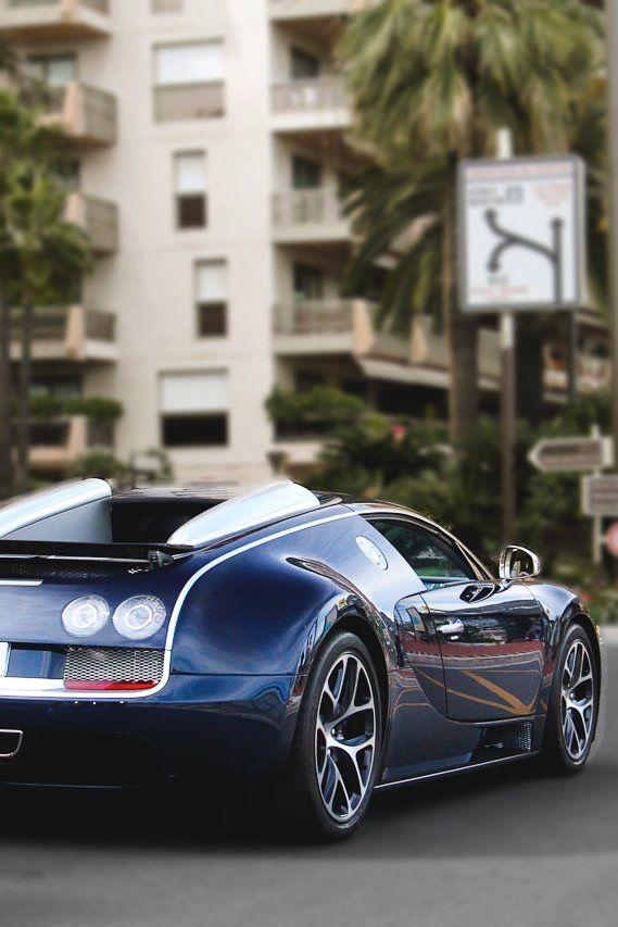 Bugatti Veyron    Via ~LadyLuxury~