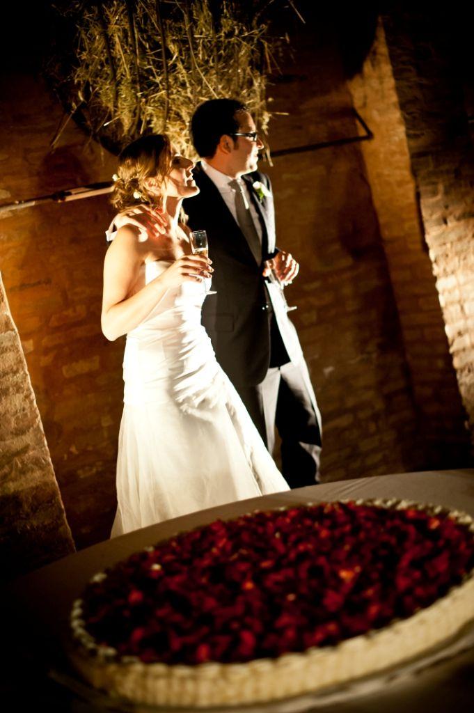 wedding cake # wedding destination bologna #  italian countryside