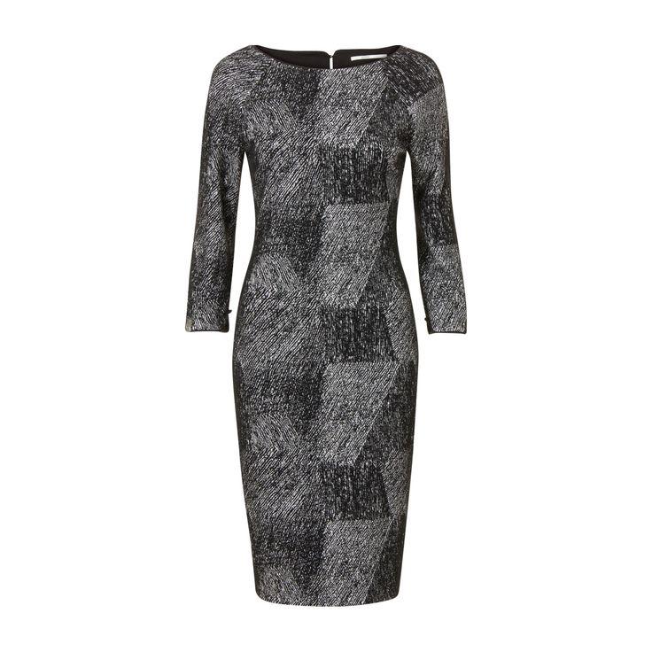 https://www.steps.nl/stijlvolle-aansluitende-jurk-zwart/product/94625/#/zoom